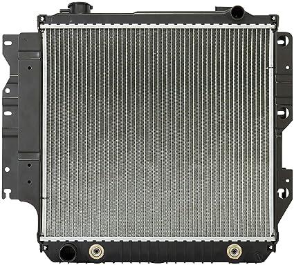 Amazon.com: Spectra Premium CU2101 Complete Radiator for Jeep ...