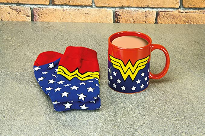 Amazon.com: Wonder Woman Mug & Sock Set- Officially Licensed DC Comics Product: Kitchen & Dining