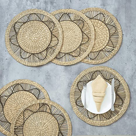 Amazon Com Artera Set Of 6 Oversized Round Seagrass Placemat 15 Round Woven Table Mats No Slip Natural Heat Resistant Mats For Table Coasters Pots Pans Teapots In Kitchen Home Kitchen