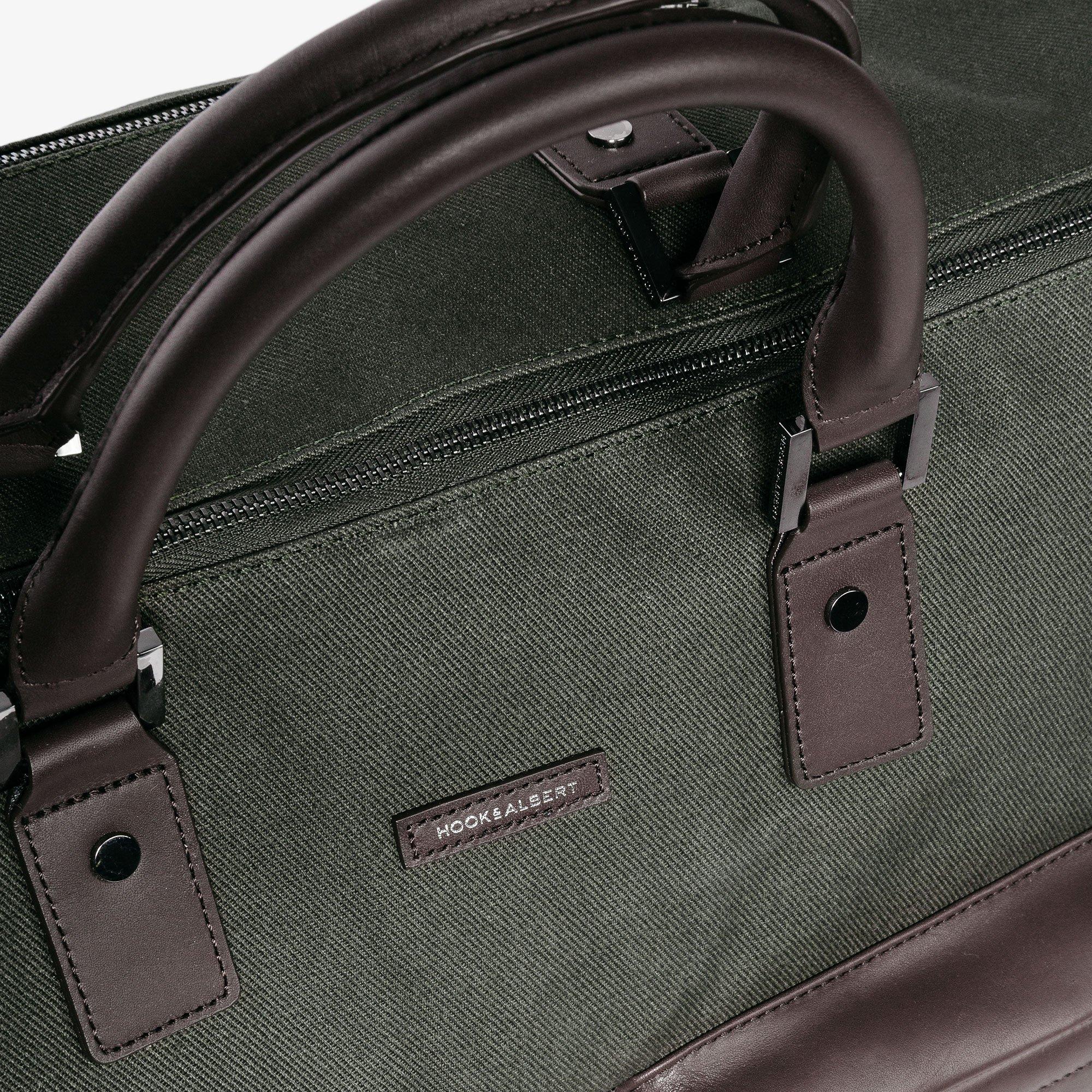 Hook & Albert Garment Weekender Bag (Olive) by HOOK & ALBERT (Image #3)