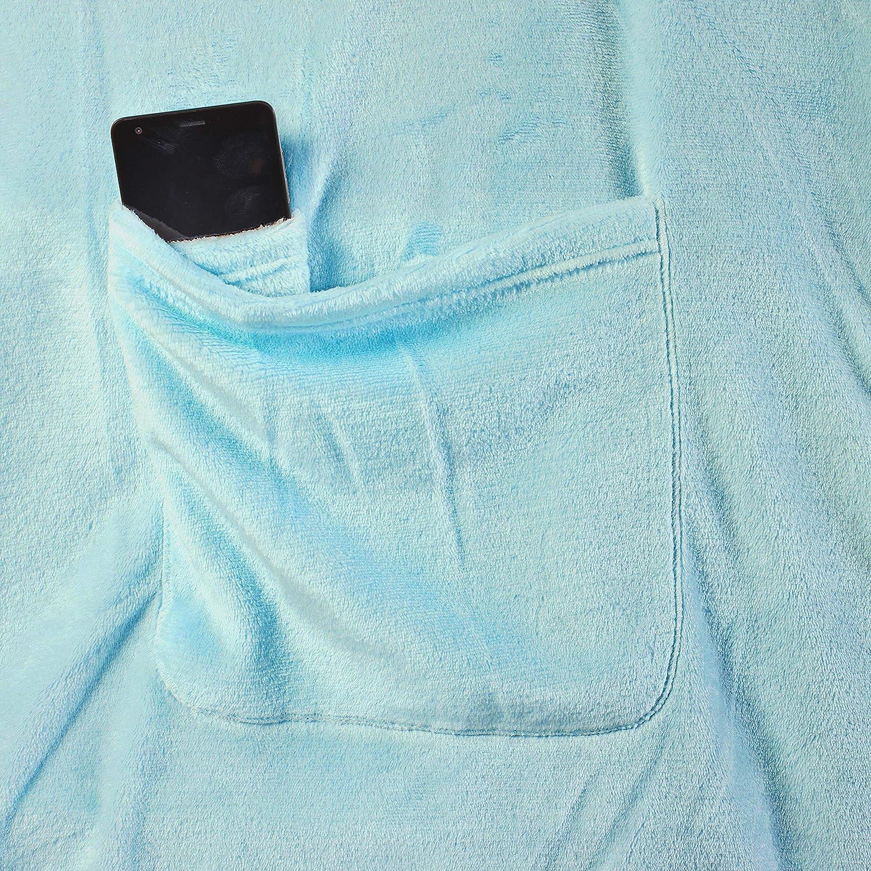 150 x 180 cm DecoKing Couverture TV en microfibre avec manches et poches Couverture polaire douce pour les pieds cappuccino Polyester