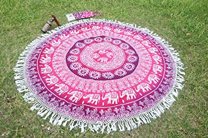 Round Mandala Beach Blanket Picnic Beach Sheet Roundie Table Cover Decorative Mandala Art Meditation Yoga Mat With Beautiful Carry Bag Amazon Co Uk Kitchen Home