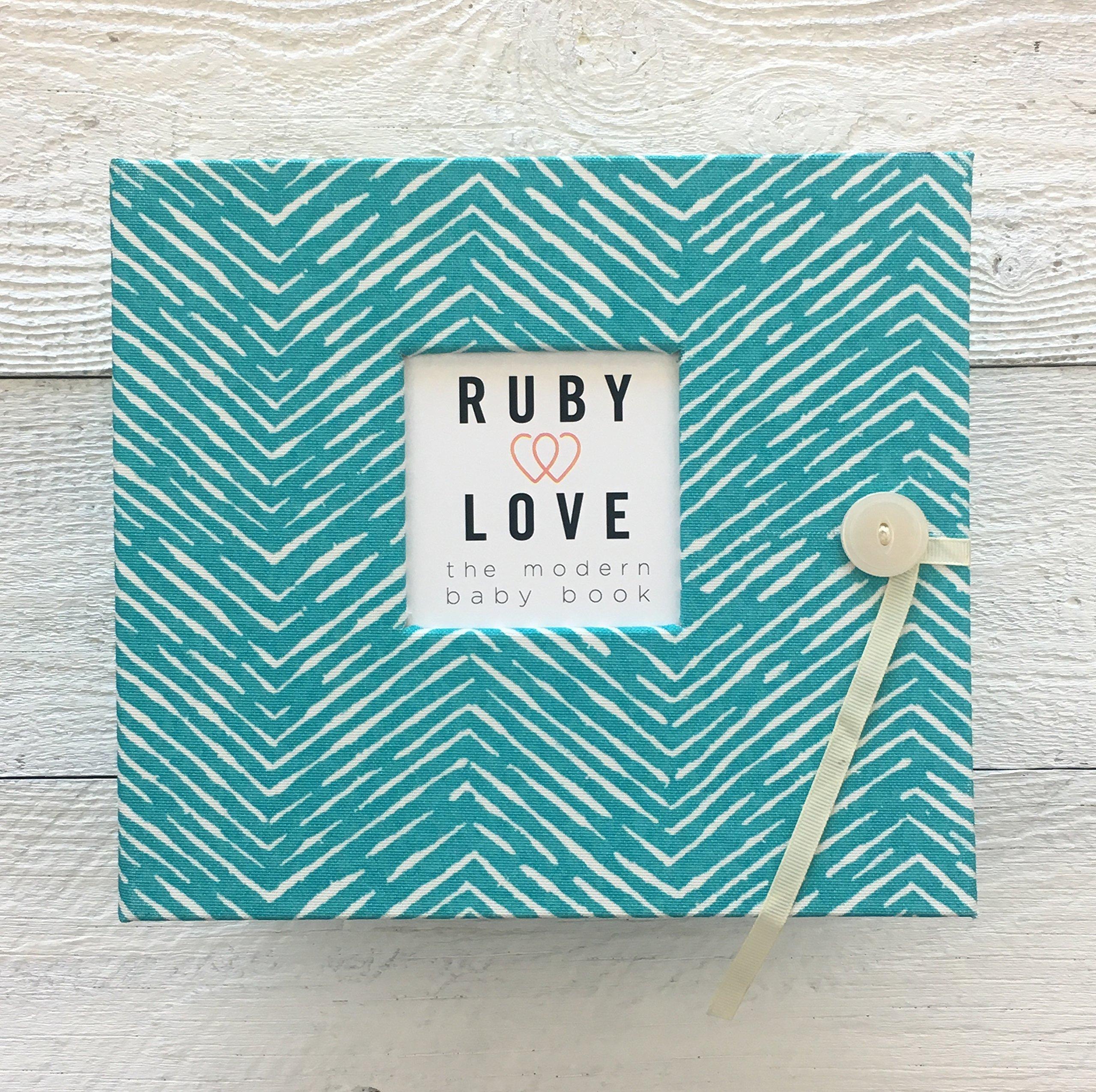 Freeform Arrows Baby Memory Book (Ocean)