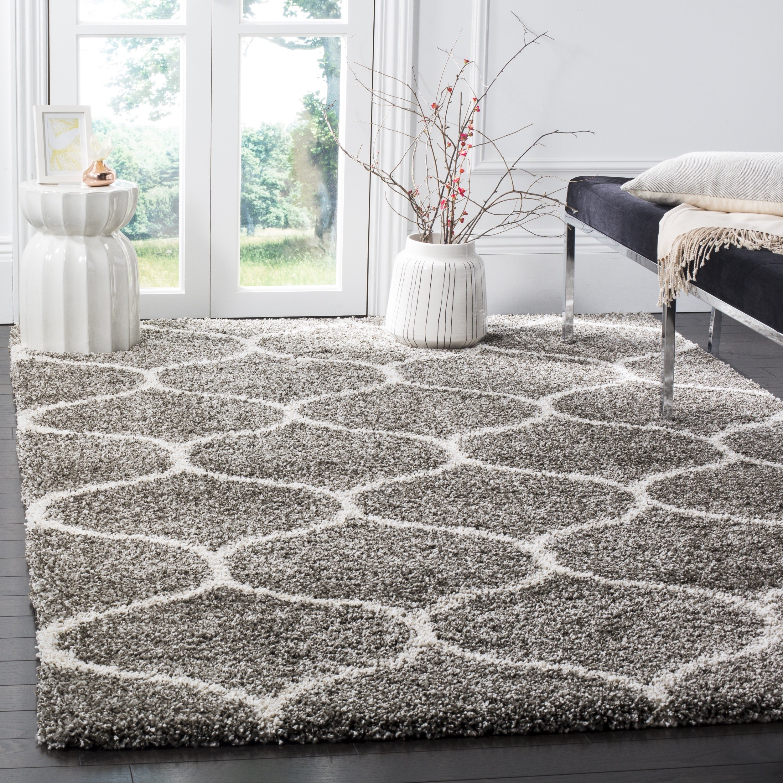 Safavieh Hudson Shag Collection SGH280B Grey and Ivory Moroccan Ogee Plush Area Rug (6' x 9') product image