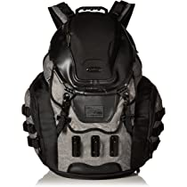 Oakley The Kitchen Sink Amazon oakley mens kitchen sink lx accessory grigio scuro n oakley kitchen sink lx backpack workwithnaturefo