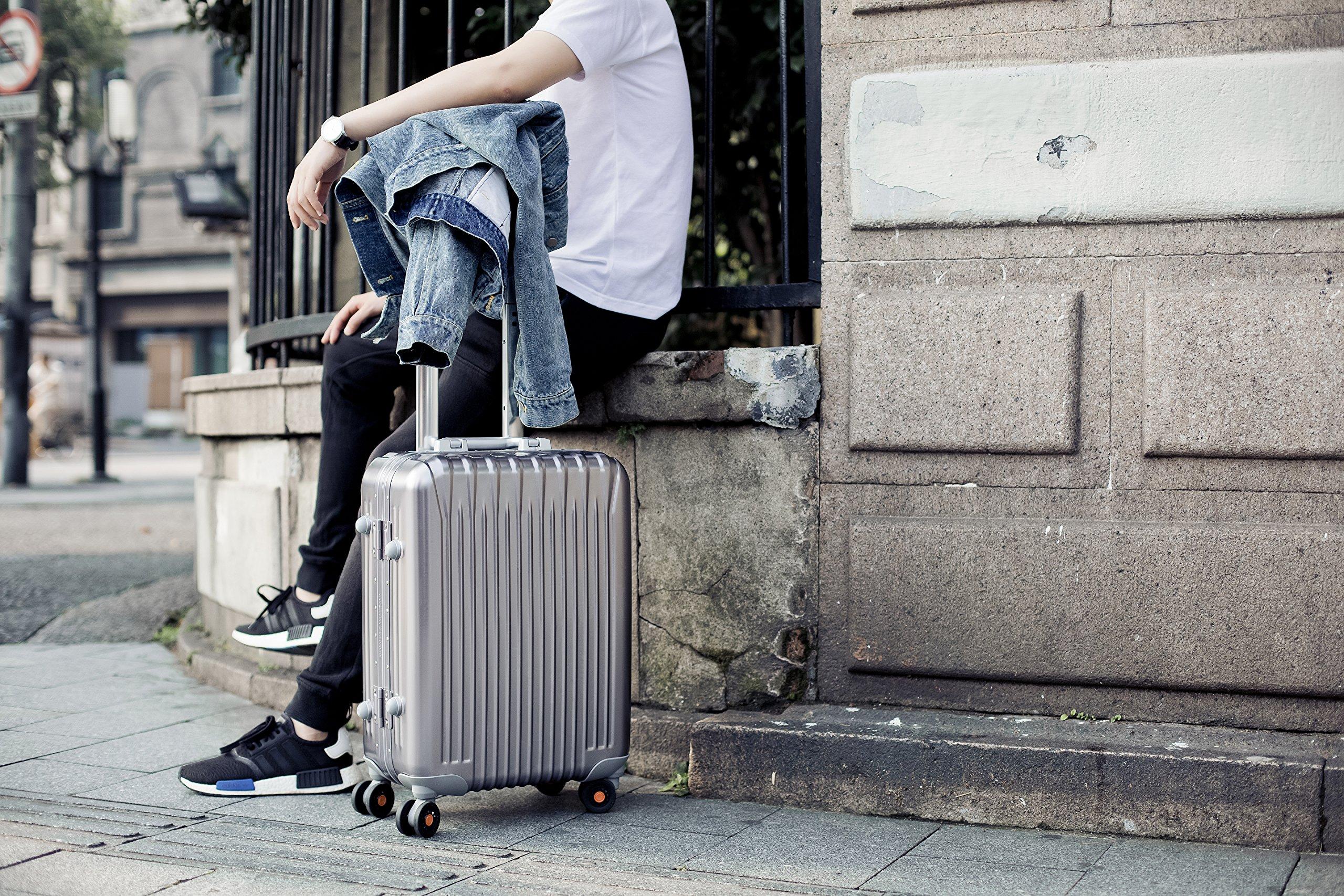 All Aluminum Luggage, HardShell Carry On Spinner Suitcase Grade 5 Aluminum-Magnesium Alloy TSA Approved 20'', Gunmetal by Clothink (Image #6)