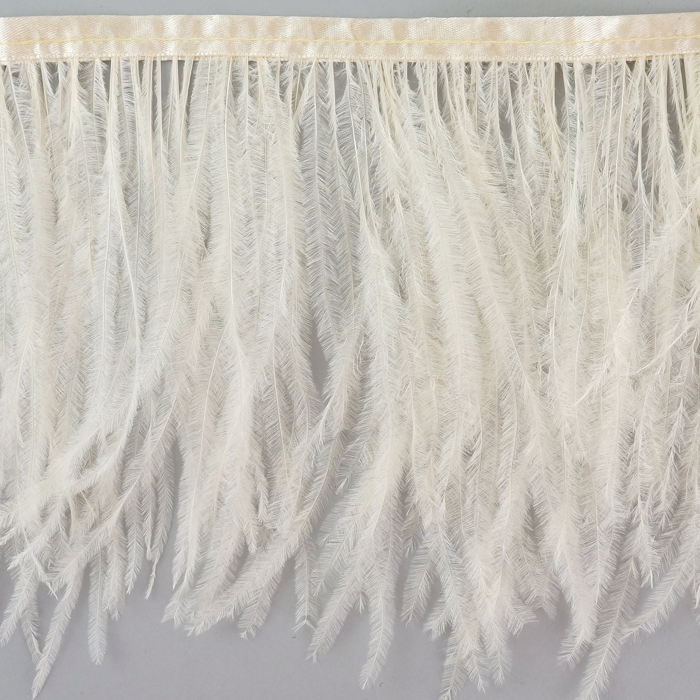 Ostrich Feather Fringe 1PLY French Vanilla by ZUCKERTM