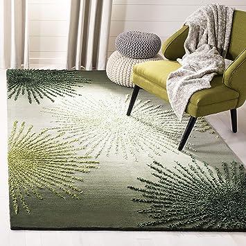 Amazon Com Safavieh Soho Collection Soh712g Handmade Starburst Premium Wool Viscose Area Rug 5 X 8 Green Multi Furniture Decor