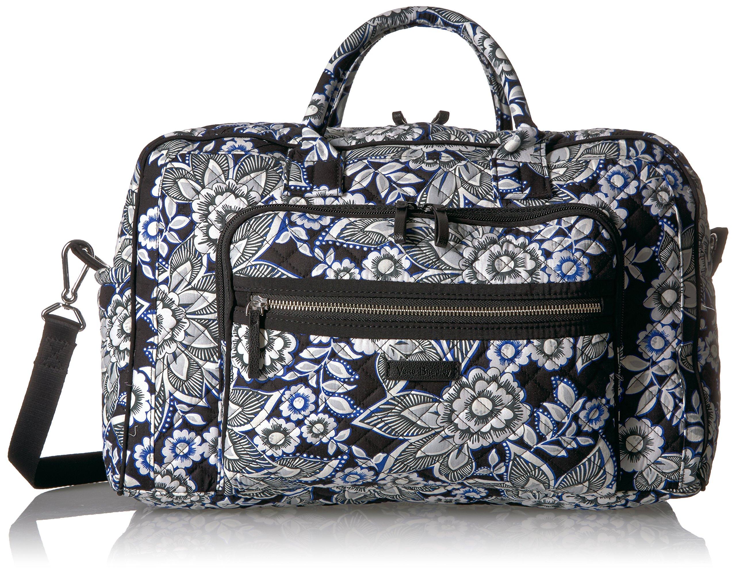 Vera Bradley Women's Iconic Compact Weekender Travel Bag-Signature, Snow Lotus