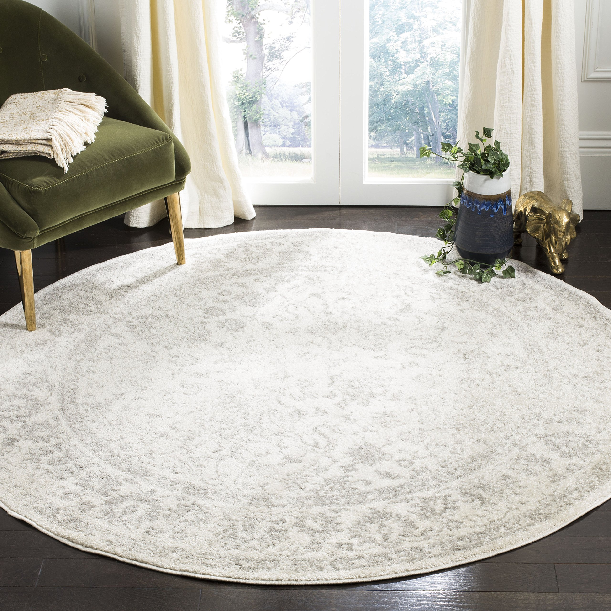 Safavieh Adirondack Collection ADR109C Ivory and Silver Oriental Vintage Distressed Round Area Rug (4' Diameter)