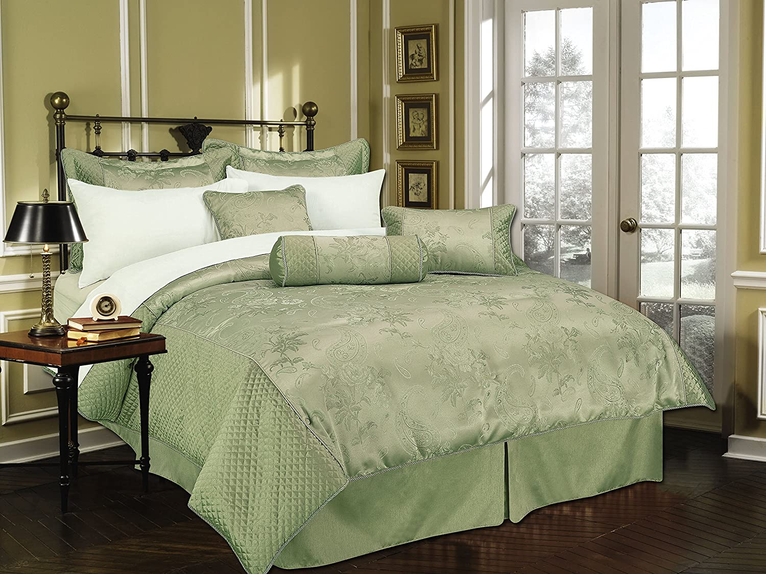 Livingston Home New Brand Great Home Decor Comforter, Queen, Sage
