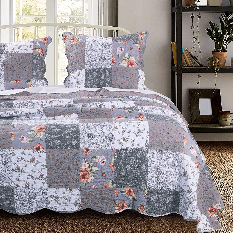 Barefoot Bungalow Giulia Quilt Set, King, Gray