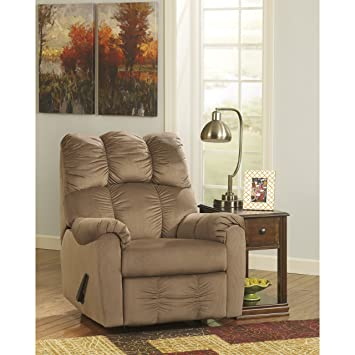 Amazoncom Signature Design By Ashley Raulo Rocker Recliner In