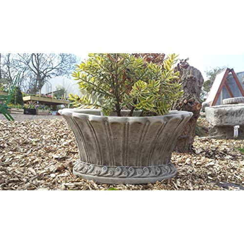 ONEFOLD   OVAL POT HAND CAST STONE GARDEN ORNAMENT/FLOWER PLANTER/BASKET