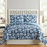 Amazon Com Vera Bradley Reversible Comforter Set Twin Xl