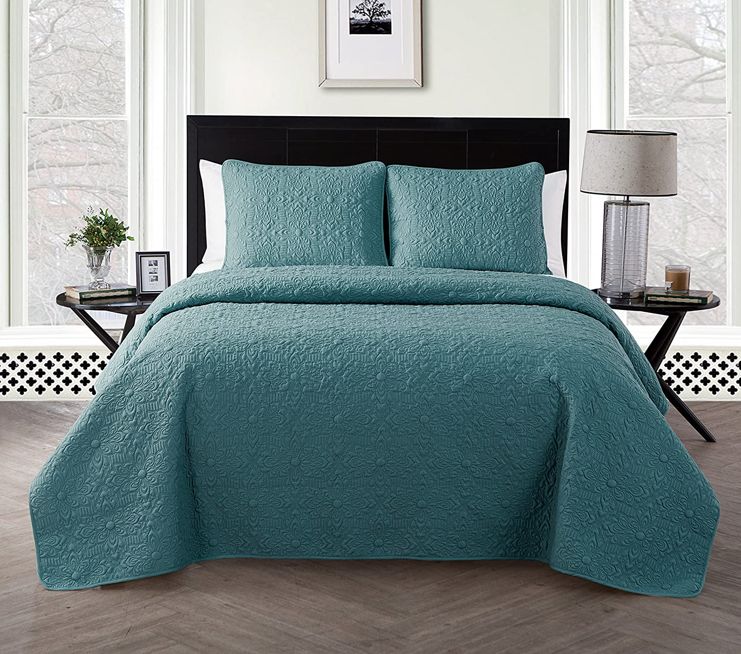 VCNY Home Caroline Embossed Floral 3 Piece Quilt Set, Full/Queen, Sage
