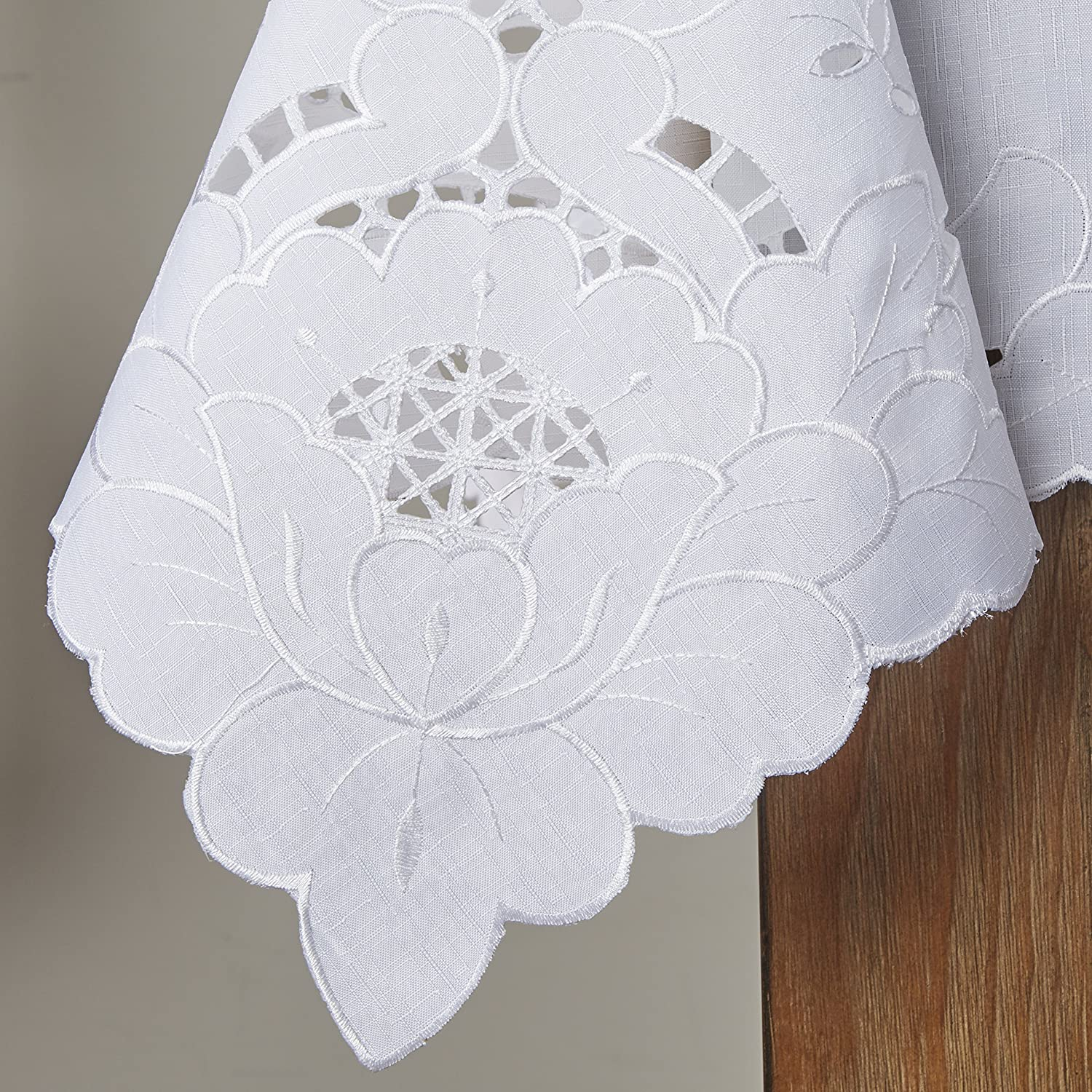 Violet Linen Sapphire Embroidered Design Tablecloth 60 x 120 White SAPPHIRE WH-6