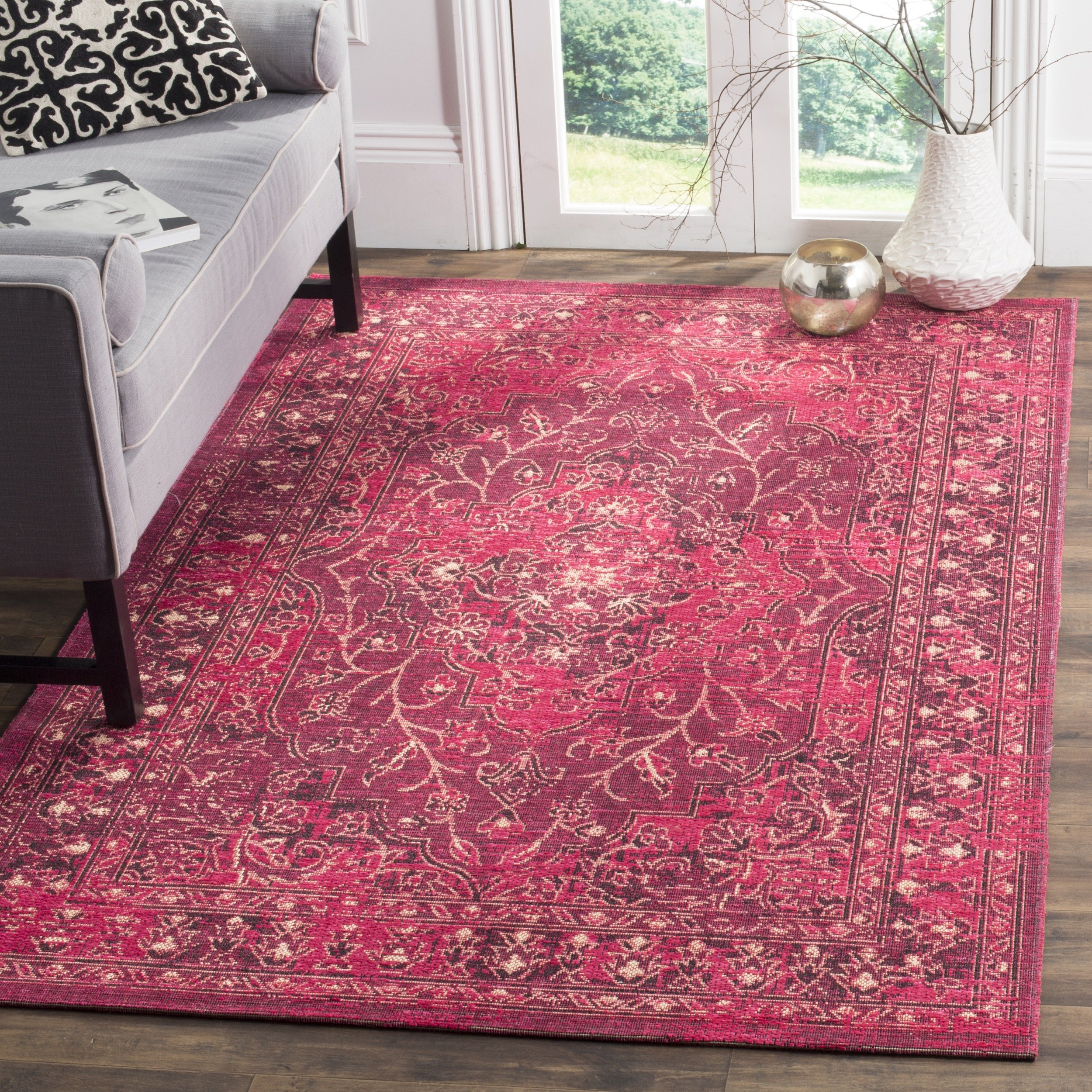 Safavieh Palazzo Collection PAL128-9033 Fuchsia and Black Area Rug, 2' x 3'6''