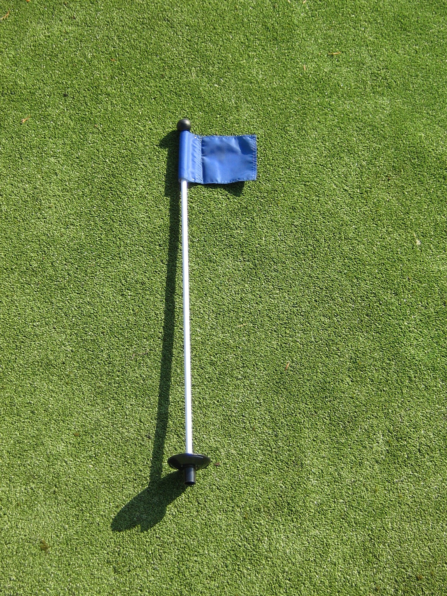 Practice Putting Green - Natural or Synthetic - Accessory Kit - (3) Aluminum 4'' Deep Regulation Cups + (1) Solid Blue Jr. Flag + (1) 30'' Golf Pin Marker w/ Easy Grip Knob & Attached Ball Lifter Disk by ShopTJB (Image #2)