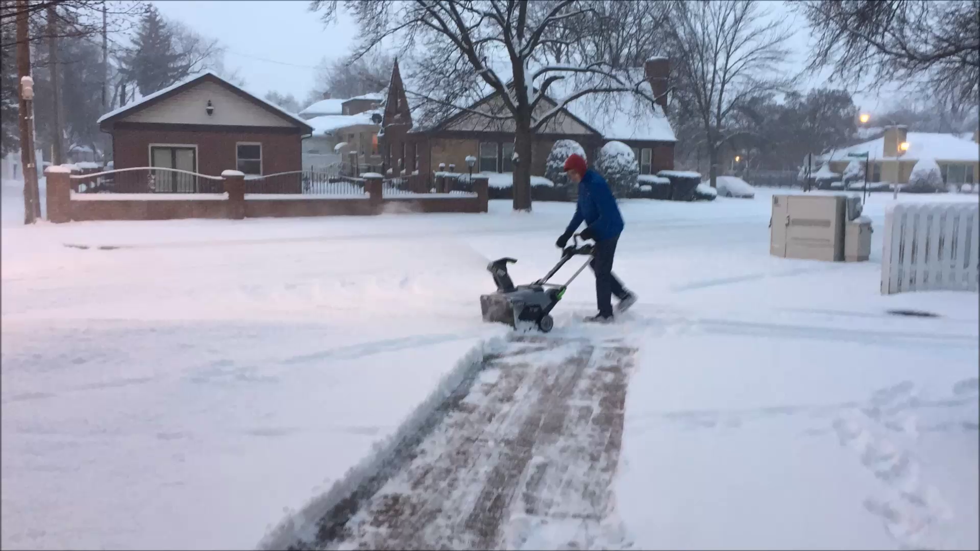 in Volt Lithium Ion Single Stage Electric Snow Blower with