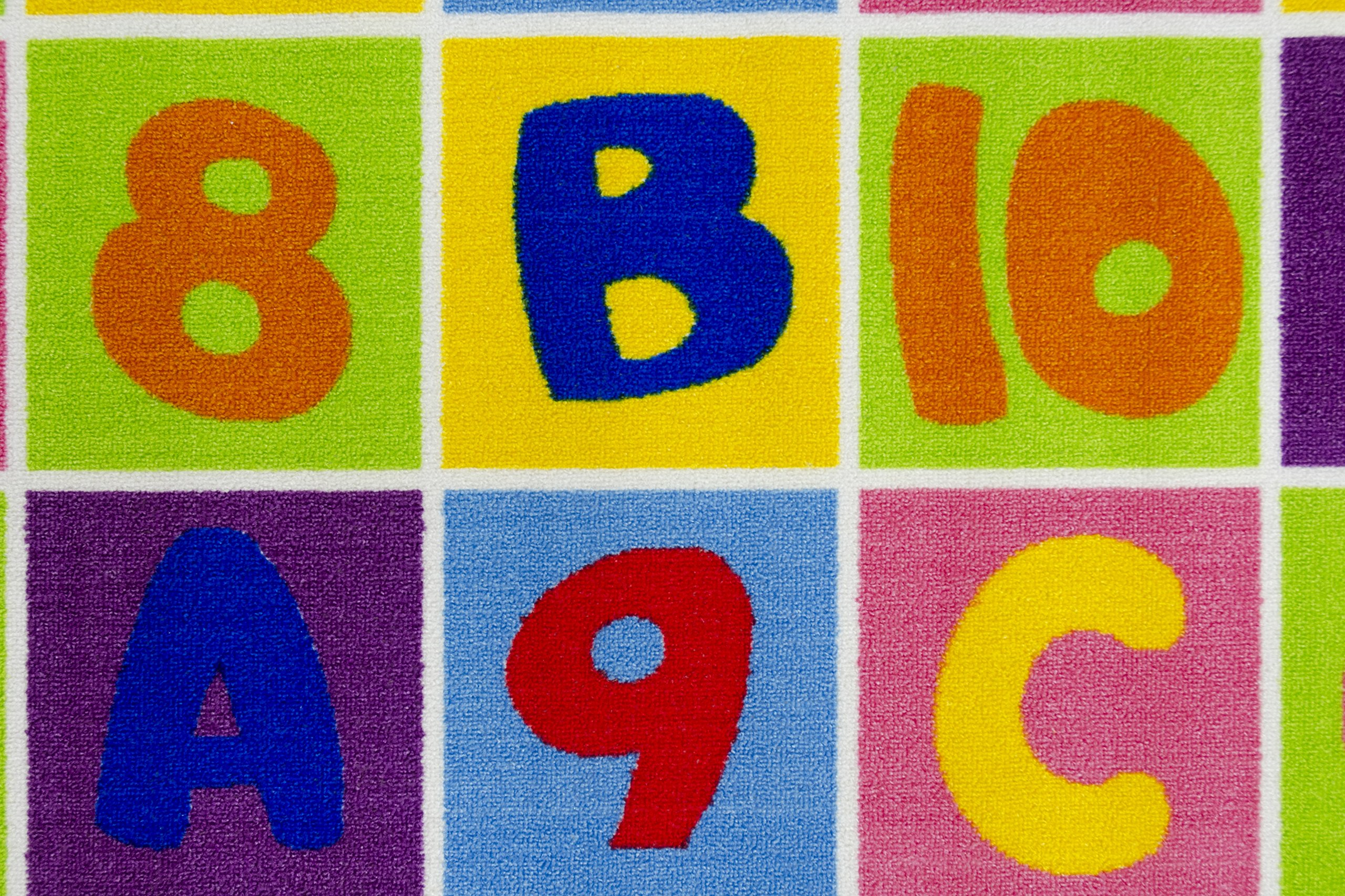 HR'S 5FTX7FT KIDS EDUCATIONAL/PLAYTIME RUG (LETTERS AND NUMBERS)PLEASE CHECK ALL THE PICTURES.