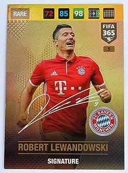 new concept 0d812 88ed1 Panini FIFA 365 Adrenalyn XL 2017 Robert Lewandowski ...