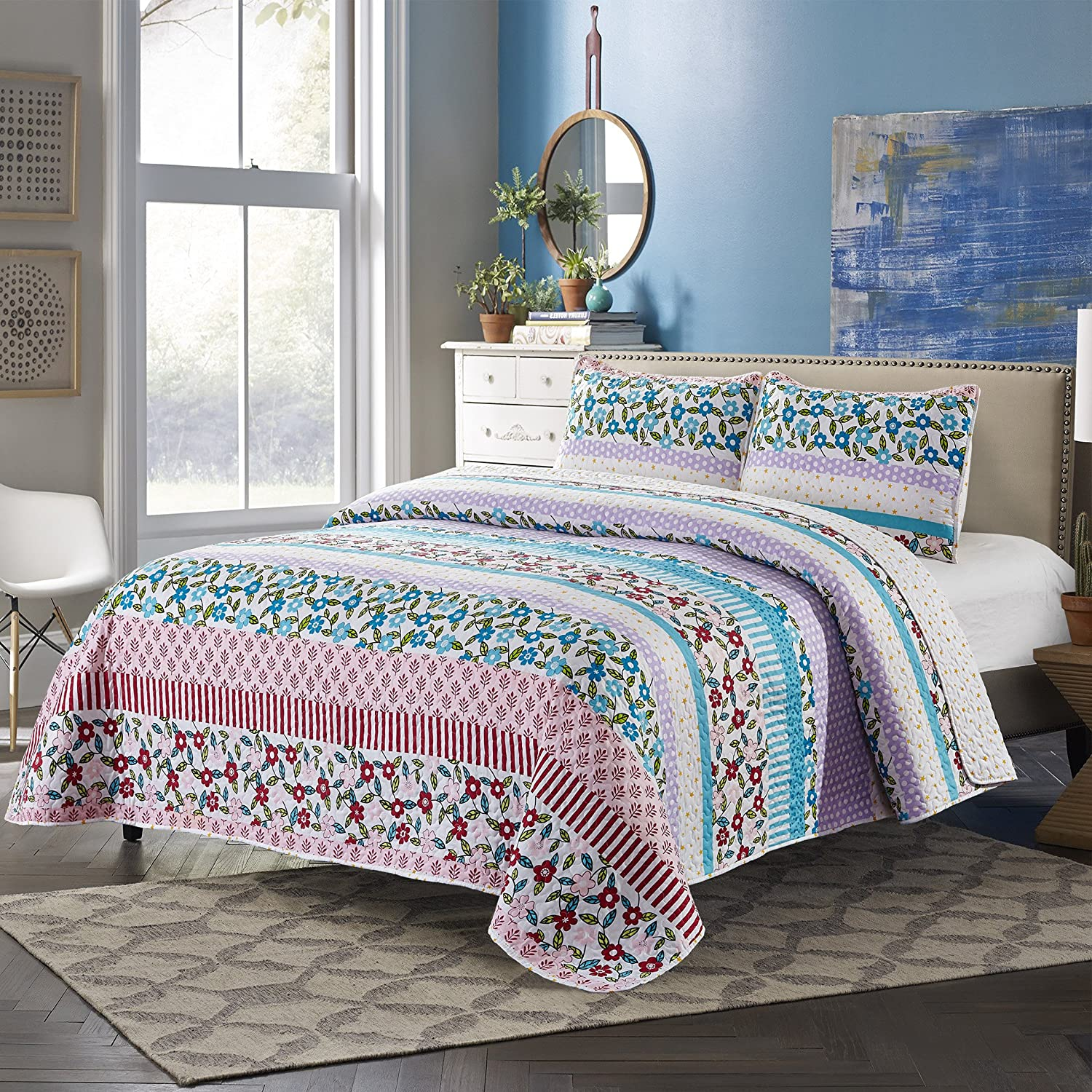 SLPR Summer Festival 3-Piece Lightweight Printed Quilt Set (Queen