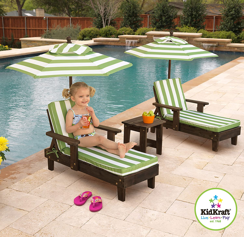 amazon com kidkraft wooden kona 2 chaise and umbrella set toys