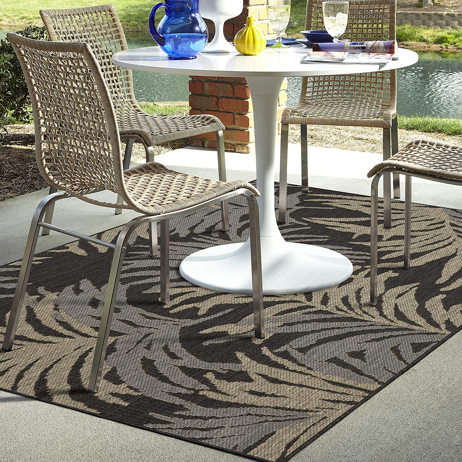 Mohawk Kennedee Charcoal (8' X 10') Outdoor Patio Rug