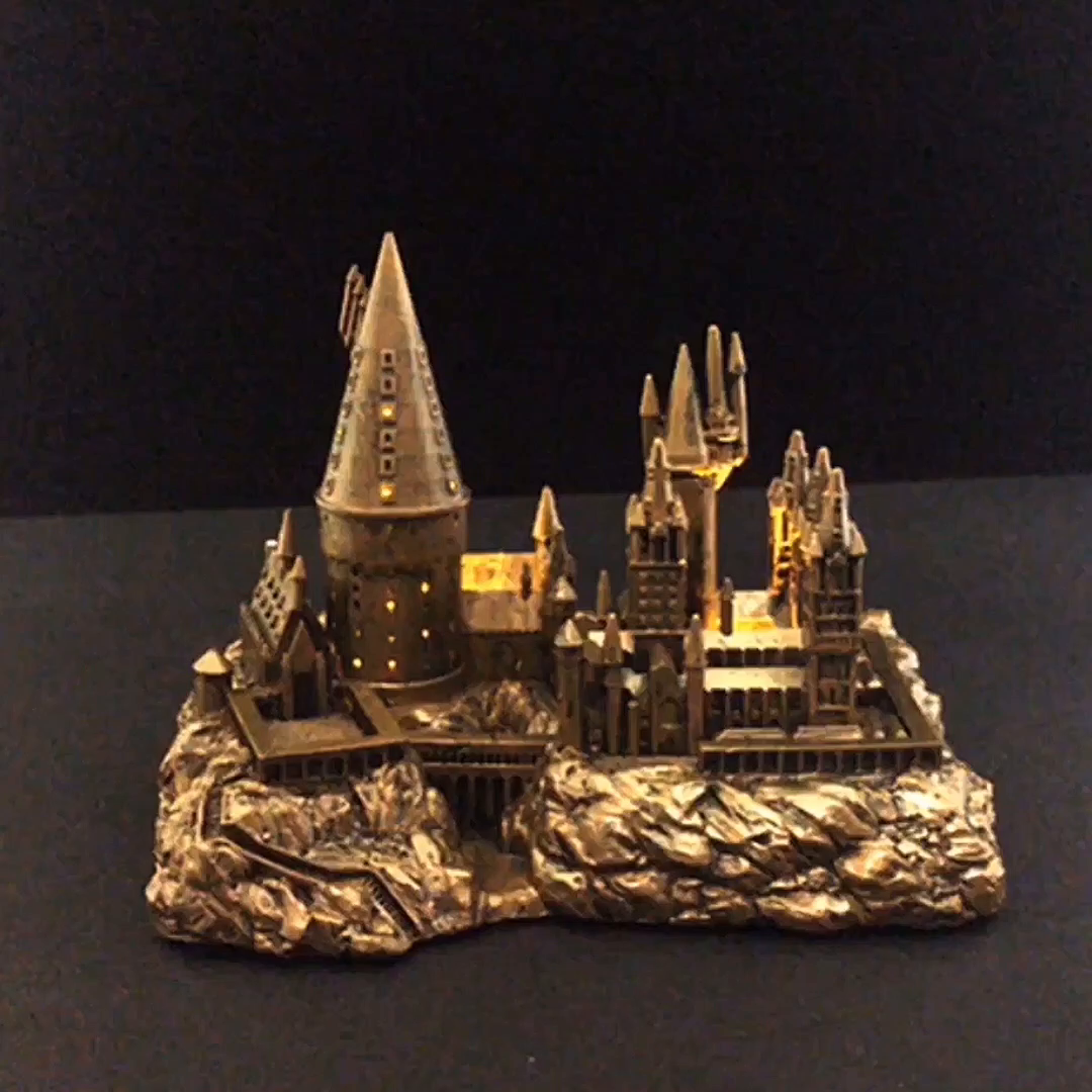 Amazon Com Harry Potter Hogwarts Castle And Sticker Book
