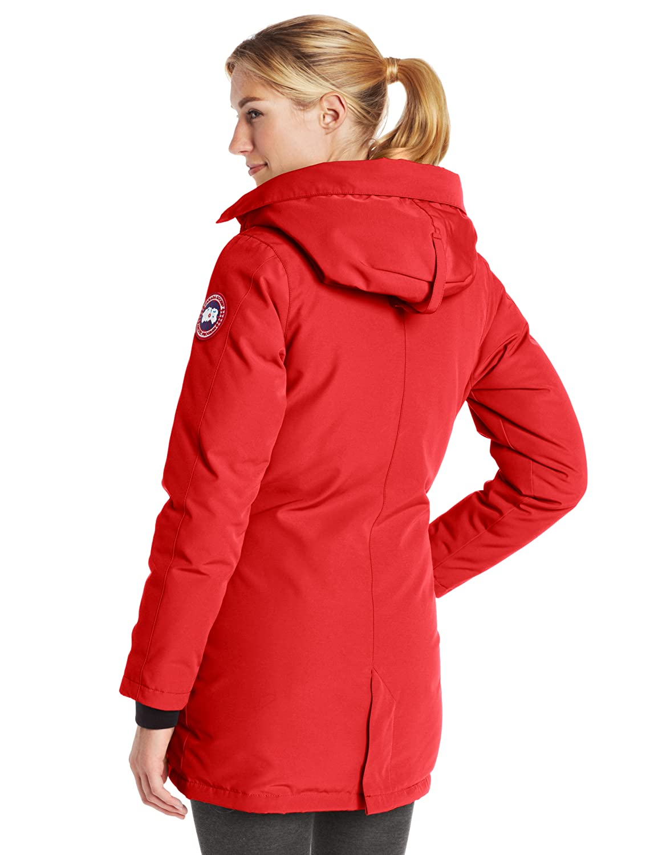 Amazon.com : Canada Goose Women's Victoria Parka : Skiing Jackets ...