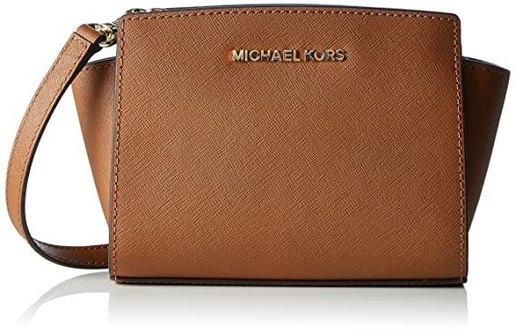 78f6a8e35bc1 Amazon.com  MICHAEL Michael Kors Women s Selma Mini Messenger Bag ...