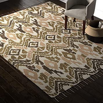 Amazon Com Amazon Brand Rivet Modern Global Ikat Area Rug Handtufted Cotton And Wool 8 X 10 Distressed Olive Beige And Cream Furniture Decor