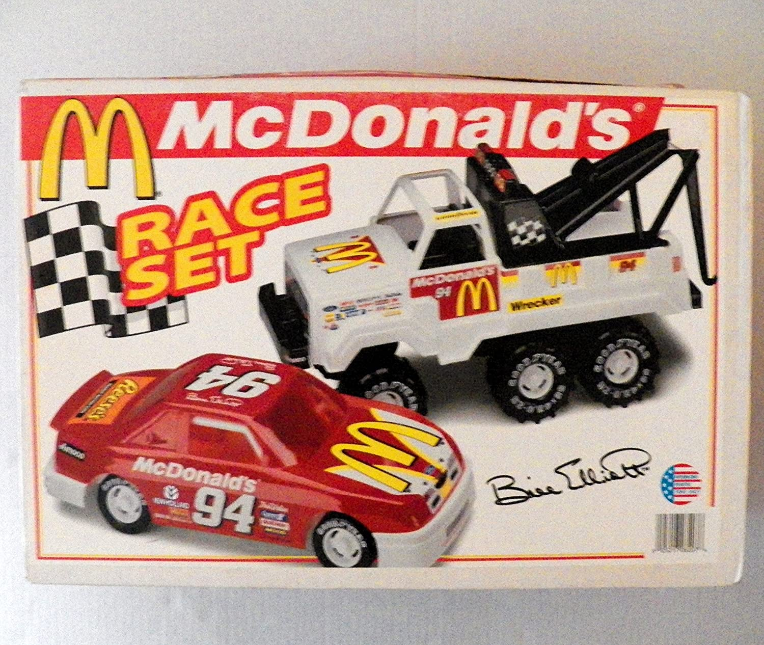 Amazon com mcdonalds race set no 8207 bill elliot red 94 stock car and wrecker truck set toys games