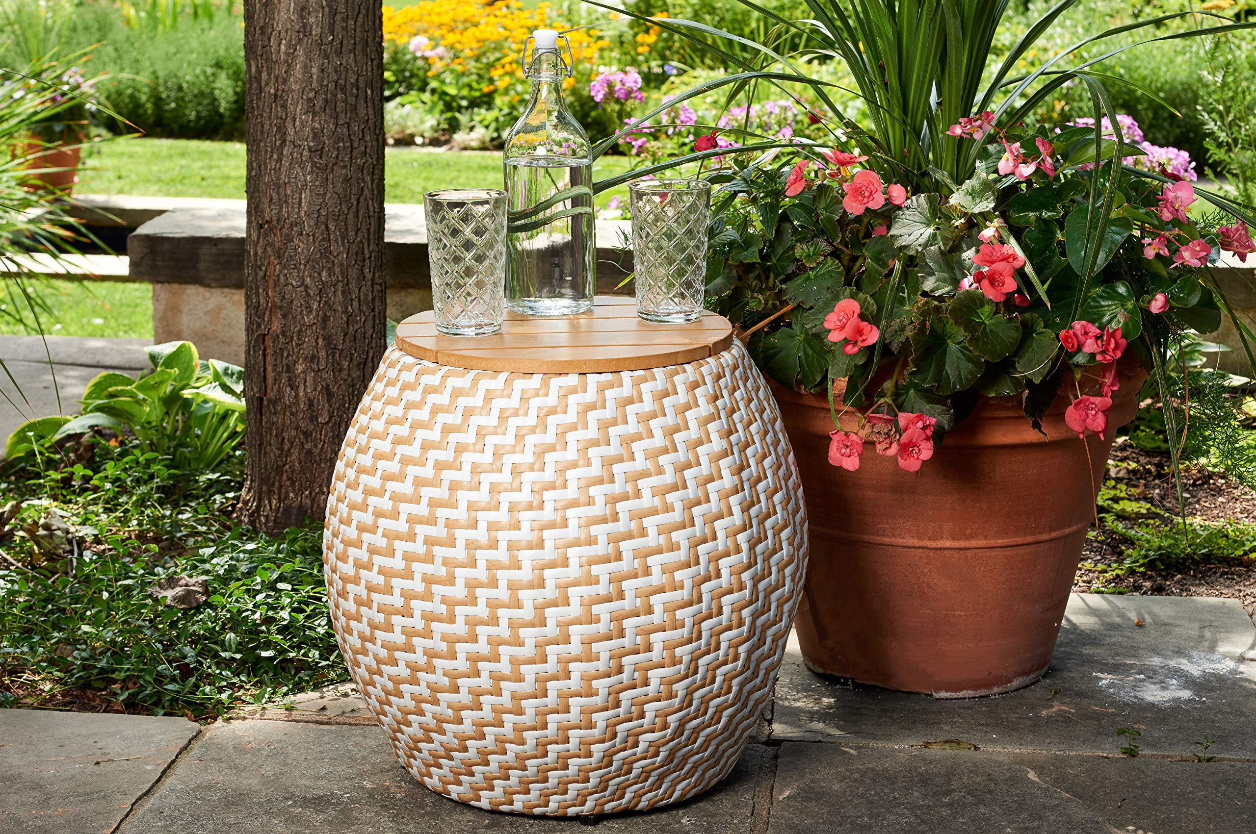 Quality Outdoor Living 65-YZST02 Amelia Side Table, Natural + White Wicker by Quality Outdoor Living