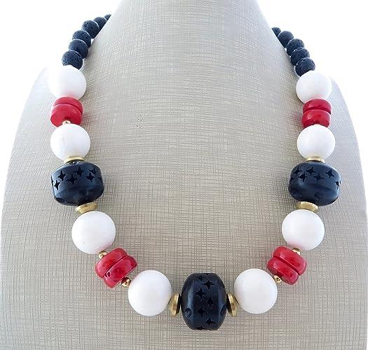 9cc7b07d9e3b Collar de coral blanco
