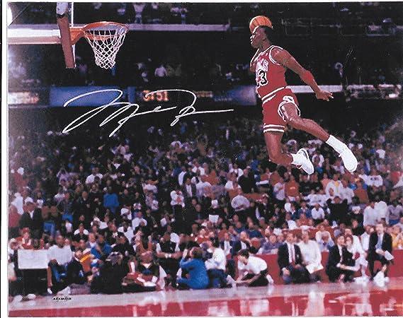 Amazon Com Michael Jordan Slam Dunk 8 X 10 Reprint Photo Chicago