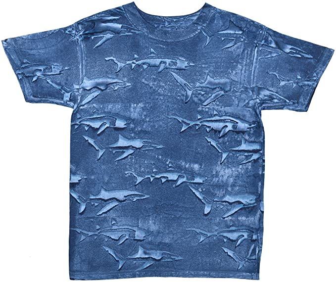 Amazon.com: Boy s Shark camisa con tiburones All Over Print ...