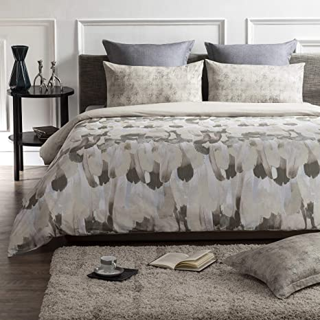 Amazon Com A1 Home Collections Reversible Duvet Cover Feather Animal Print Organic Cotton Wrinkle Free 3 Piece Duvet Bedding Set With Pillow Shams And Button Closure 88 X 92 Queen Home Kitchen