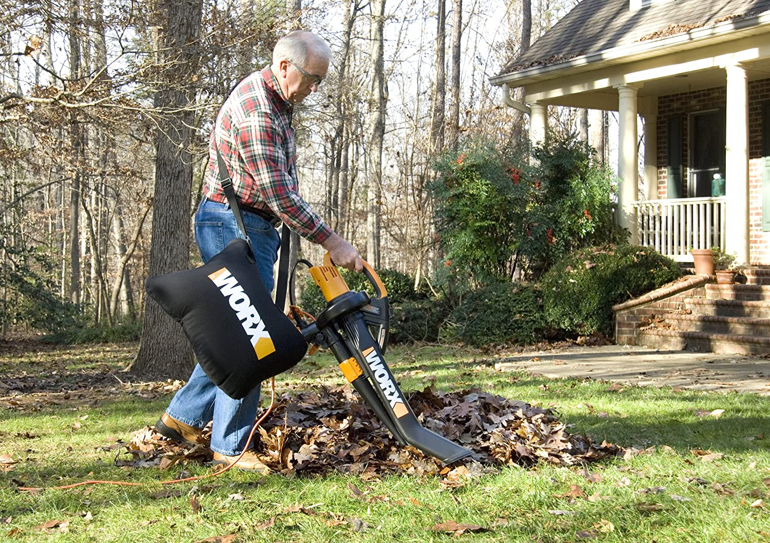 Amazon worx trivac wg500 12 amp all in one electric blower amazon worx trivac wg500 12 amp all in one electric blowermulcher vacuum lawn and garden blower vacs garden outdoor publicscrutiny Images