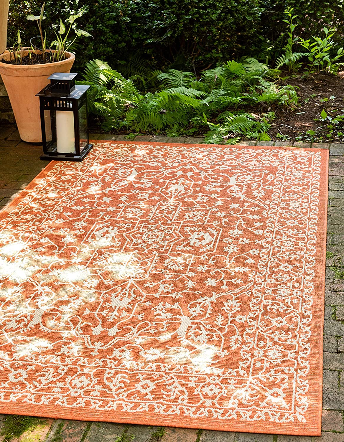 Unique Loom Outdoor Botanical Collection Traditional Floral Border Transitional Indoor and Outdoor Flatweave Terracotta Area Rug (5' 0 x 8' 0)