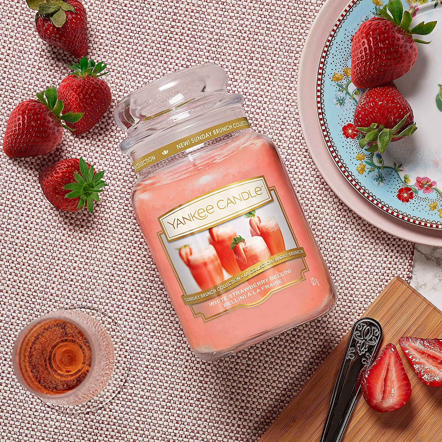 Amazon.com: Sunday Brunch Collection by Yankee Candle Large Jar Candle, White Strawberry Bellini: Kitchen & Dining