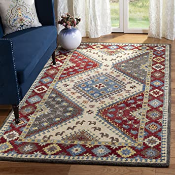 Amazon Com Safavieh Antiquity Collection At507q Handmade Traditional Oriental Premium Wool Area Rug 5 X 8 Red Ivory Furniture Decor