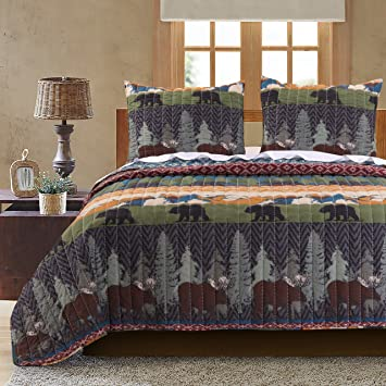 Amazon.com: Greenland Home Black Bear Lodge Quilt Set, 3-Piece ... : black bear quilts - Adamdwight.com