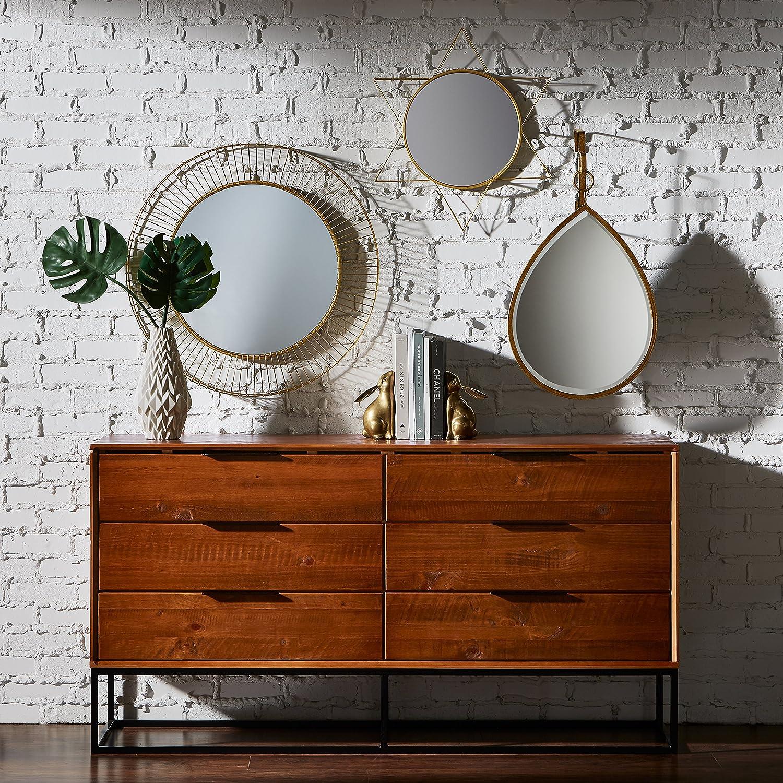 mirrors reflect light