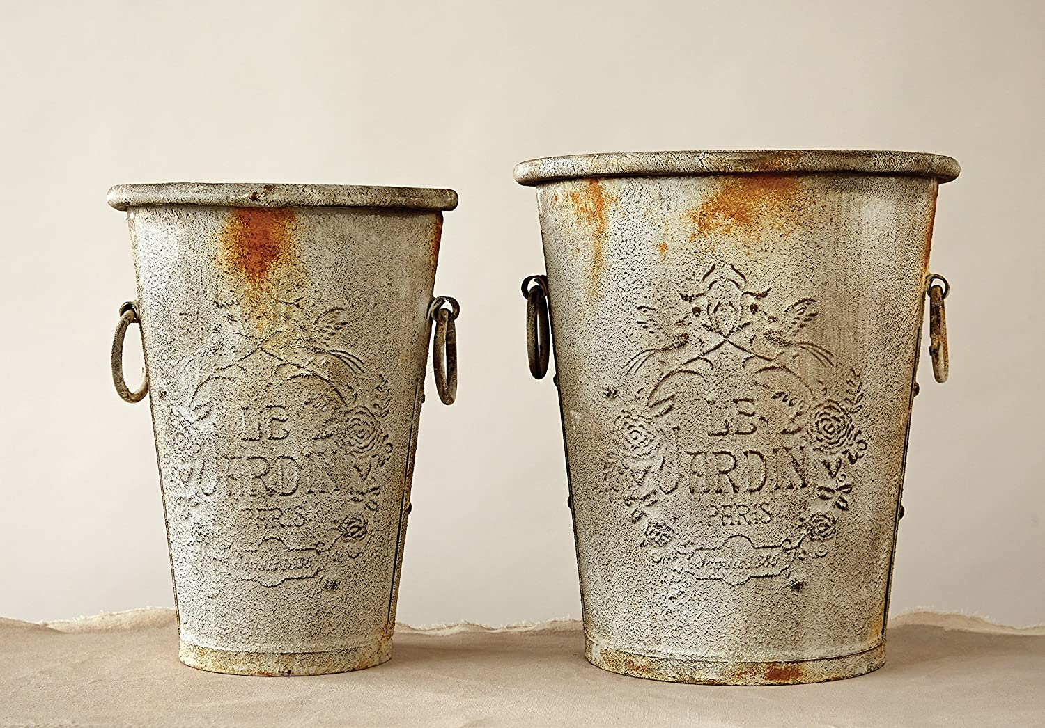 Embossed metal rustic French bucket set - French farmhouse decor idea!