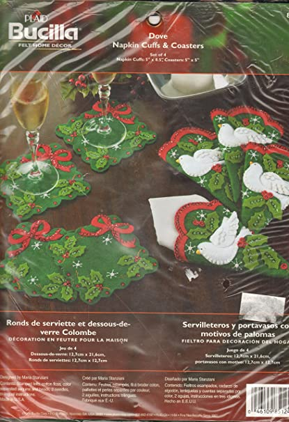 Amazon.com: Peace Dove Set of Four Christmas Napkin Cuffs and ...