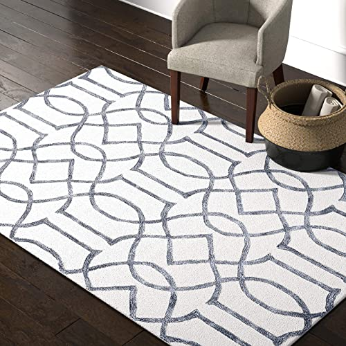 Rivet Modern Intertwined Wool Rug, 5 x 8 , Silver