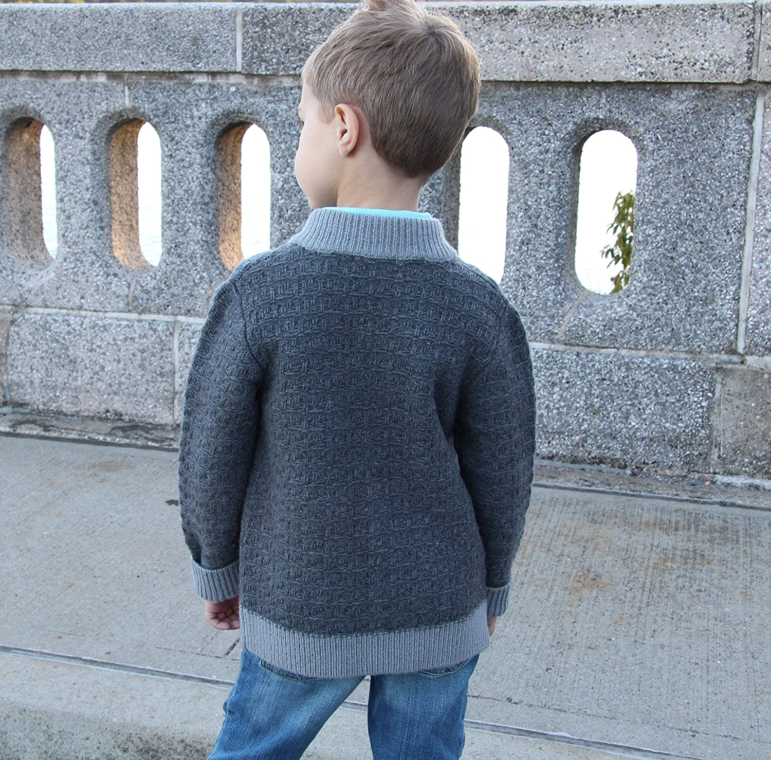 Dakomoda Toddler Boys Thick Wool Gray Cardigan Sweater with Pockets