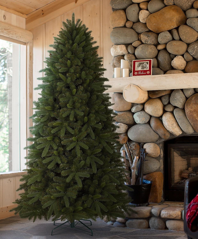 Amazon.com: Tree Classics Classic Noble Fir Artificial Christmas ...